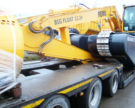 REMU Big Float, amphibious excavator